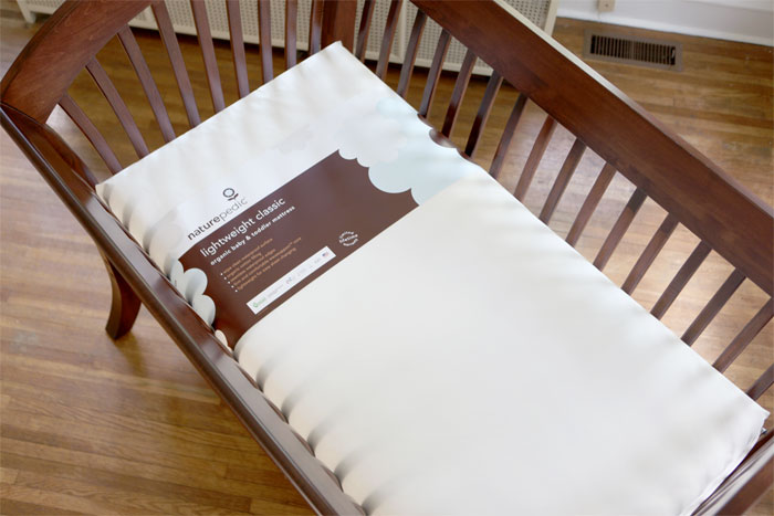 http://www.weespring.com/media/naturepedic_mattress_image_02.jpg