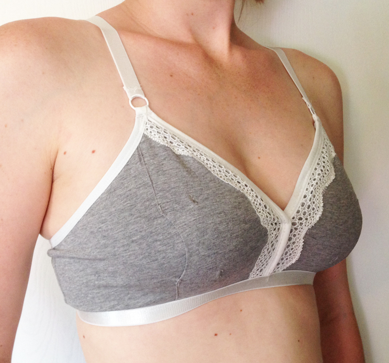 Rose Handsfree Pumping Bra from The Dairy Fairy